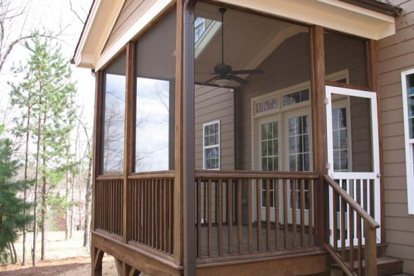 Wood Porch with Removable Screens
